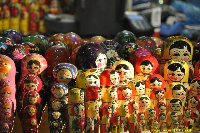 Babushka and Matryoshka dolls | Difference Between