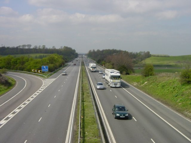 Difference Between Motorway and Freeway