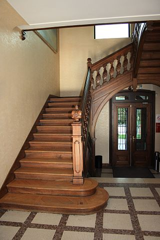 Difference Between Steps and Stairs