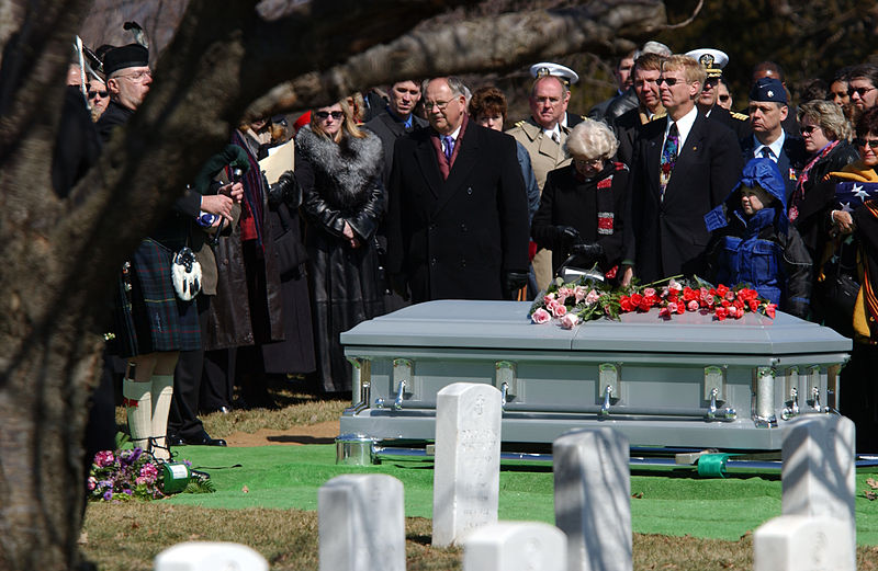Memorial vs Funeral