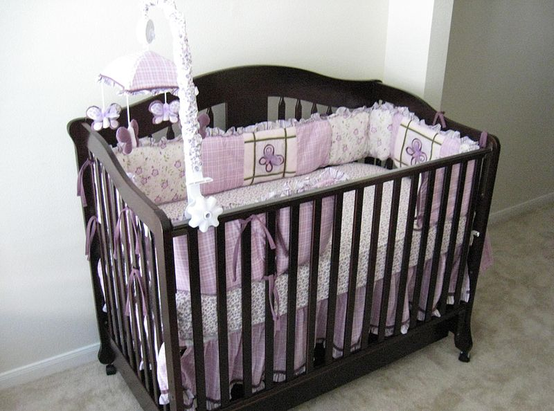 Key Difference - Baby Cot vs Playpen