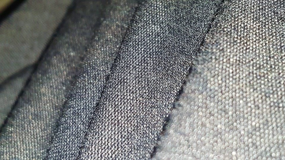 Difference Between Polyester And Silk Polyester Vs Silk