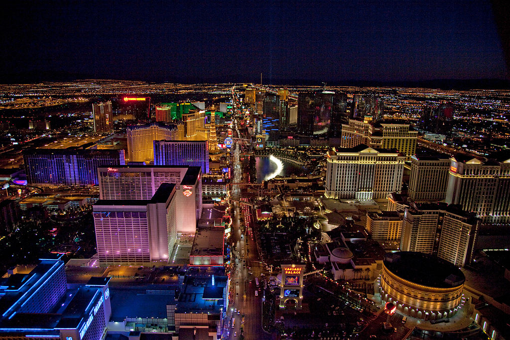 Difference Between Las Vegas Strip and Downtown
